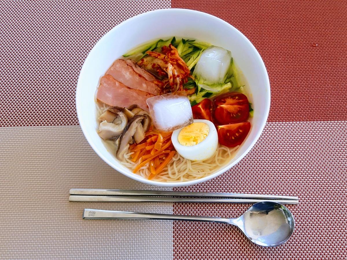 FuguMoonビビンパcafeのテイクアウトメニュー「冷麺」の写真
