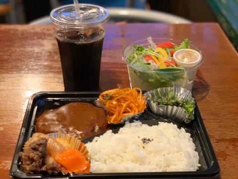 レストラン&カフェ ポテトのテイクアウトメニュー「日替わり弁当」の写真
