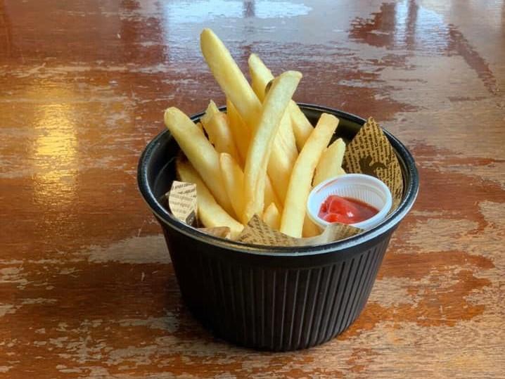 レストラン&カフェ ポテトのテイクアウトメニュー「フライドポテト」の写真