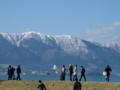 京都新聞写真コンテスト 比良、琵琶湖、人、バルーン