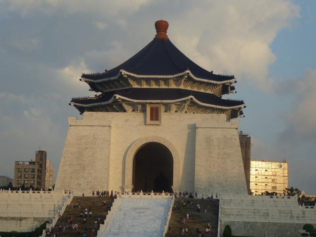 中正記念堂 蒋介石を祀る