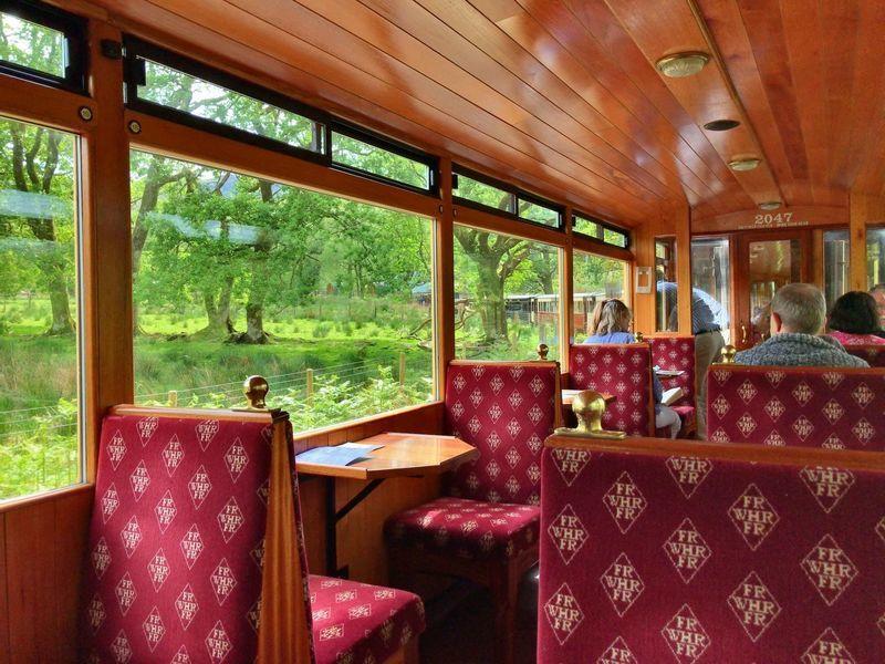 イギリス・ウェールズのフェスティングヨグ鉄道とウェルシュ・ハイランド鉄道でカナーヴォンへ