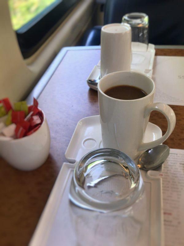 イギリスの鉄道、ヴァージン・トレインのファーストクラスの乗車記