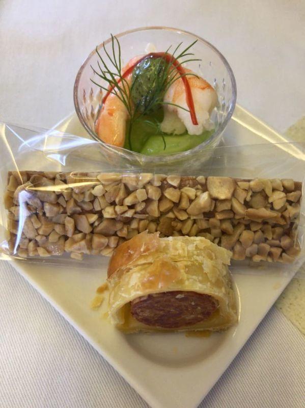 ANA全日空ビジネスクラスの機内食のアミューズ。ヨーロッパ便(イギリス)