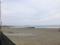 茅ヶ崎の海岸から江の島を望む