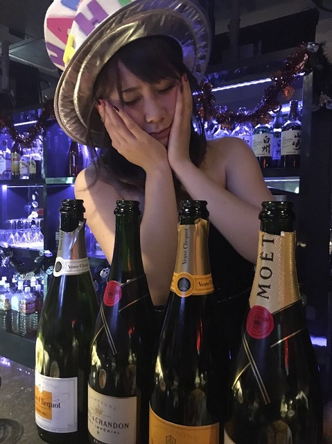 f:id:uken-girlsbar:20171026040228j:plain