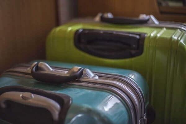 スーツケース無料配送