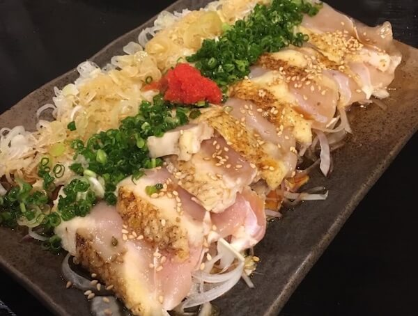 日南館本館/地鶏のタタキ