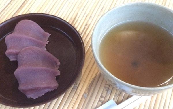 赤福と伊勢茶