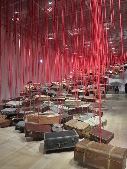 集積-目的地を求めて 塩田千春展