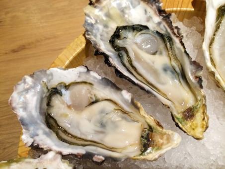 亜鉛が多く含まれている食品:牡蠣