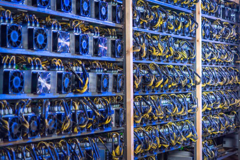 ビットコイン マイニング工場の様子