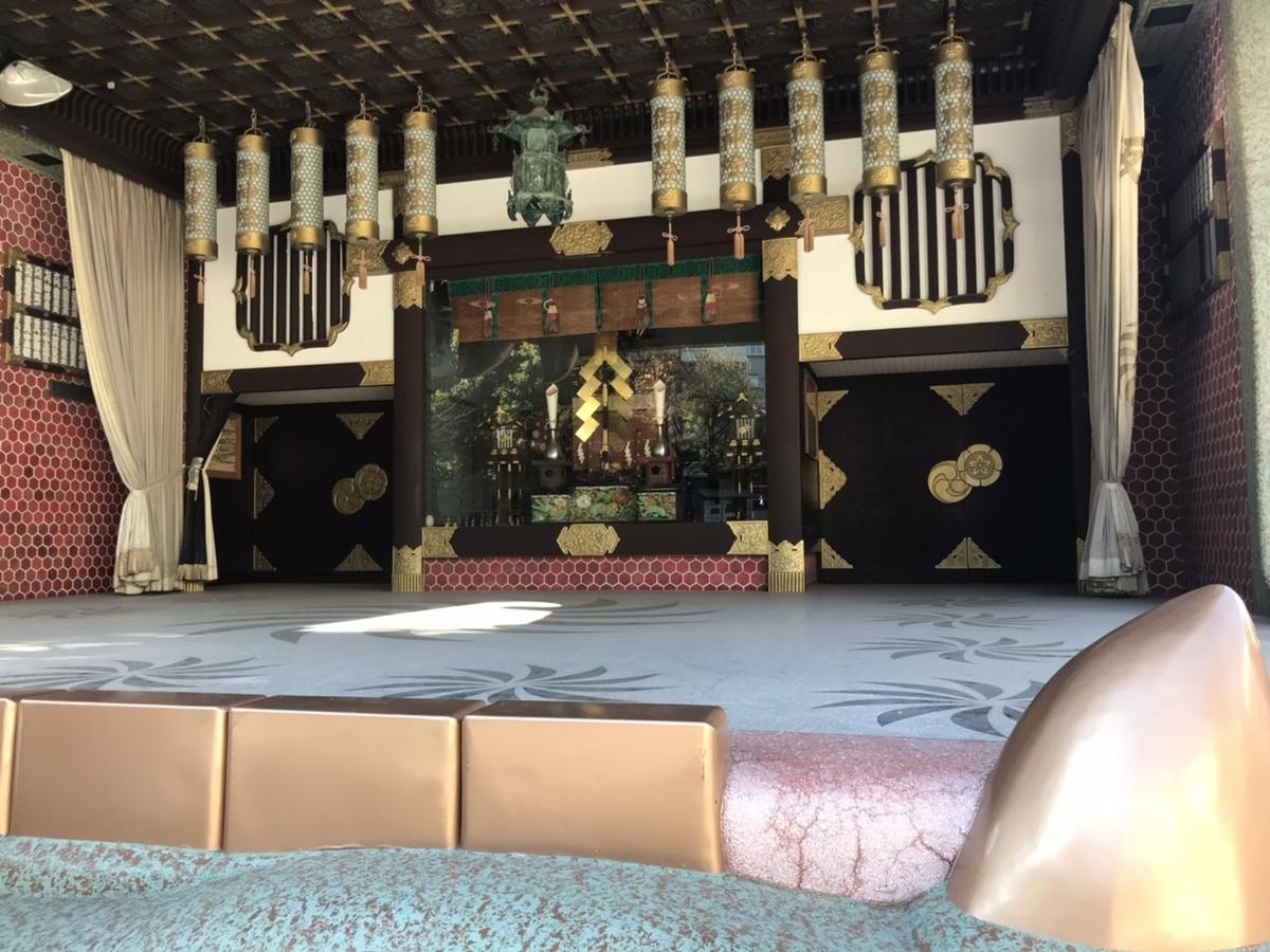 難波八阪神社の獅子殿