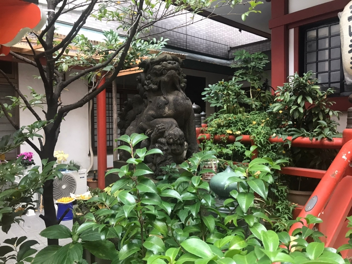 三崎稲荷神社の狛犬