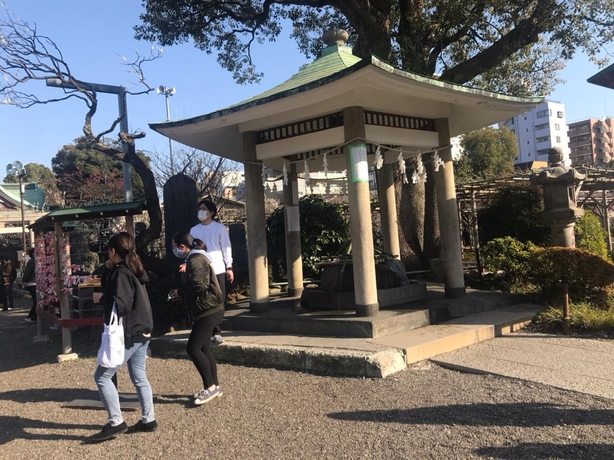 亀戸天神社の手水舎(てみずや)