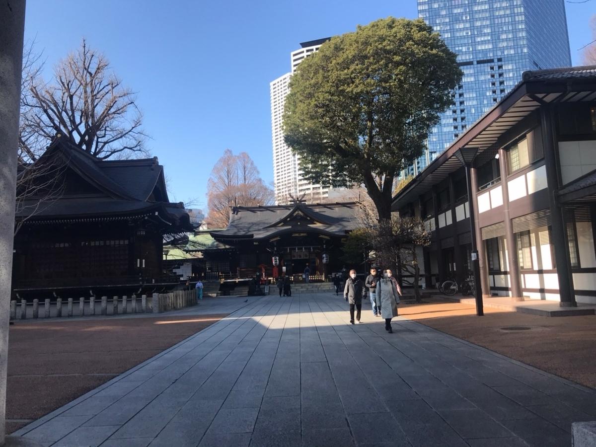新宿十二社熊野神社 参道