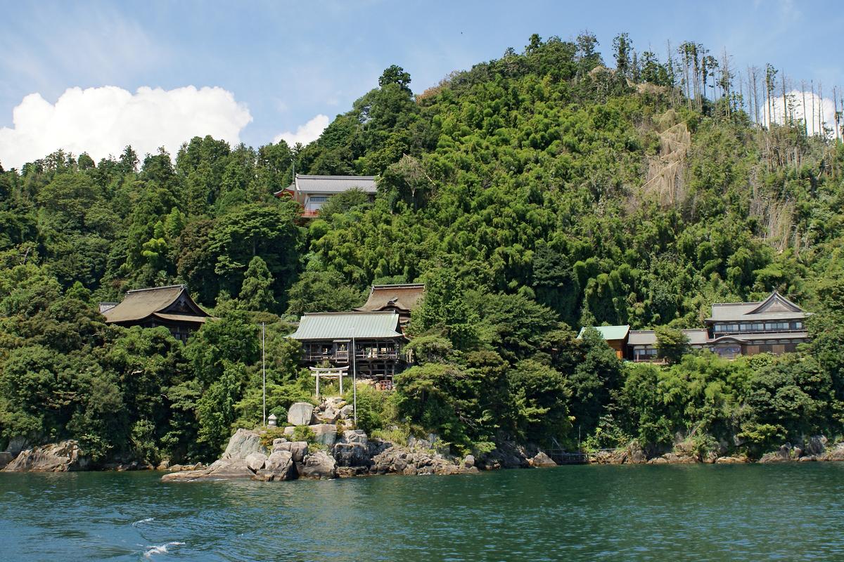 宝厳寺竹生島神社(滋賀県長浜市:竹生島)