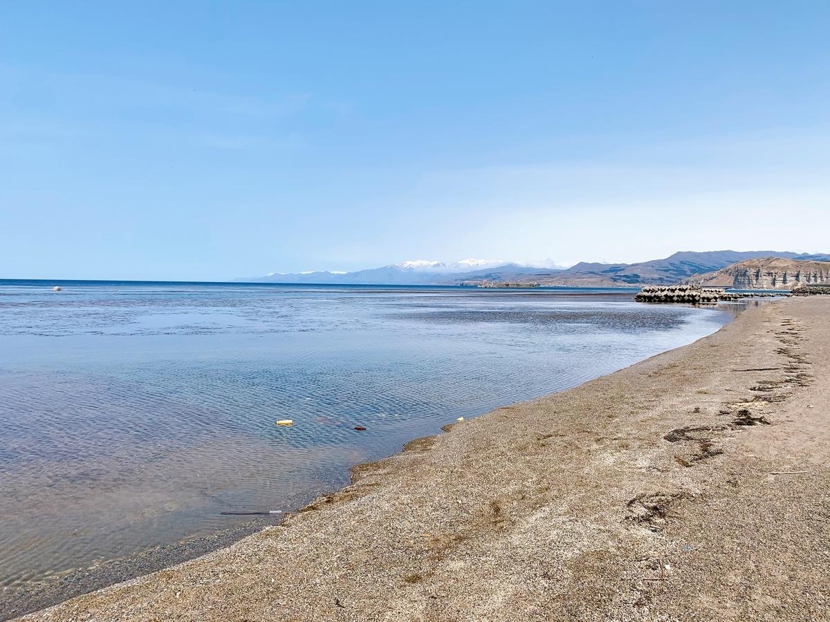 乙部町 滝瀬海岸の遠浅の海