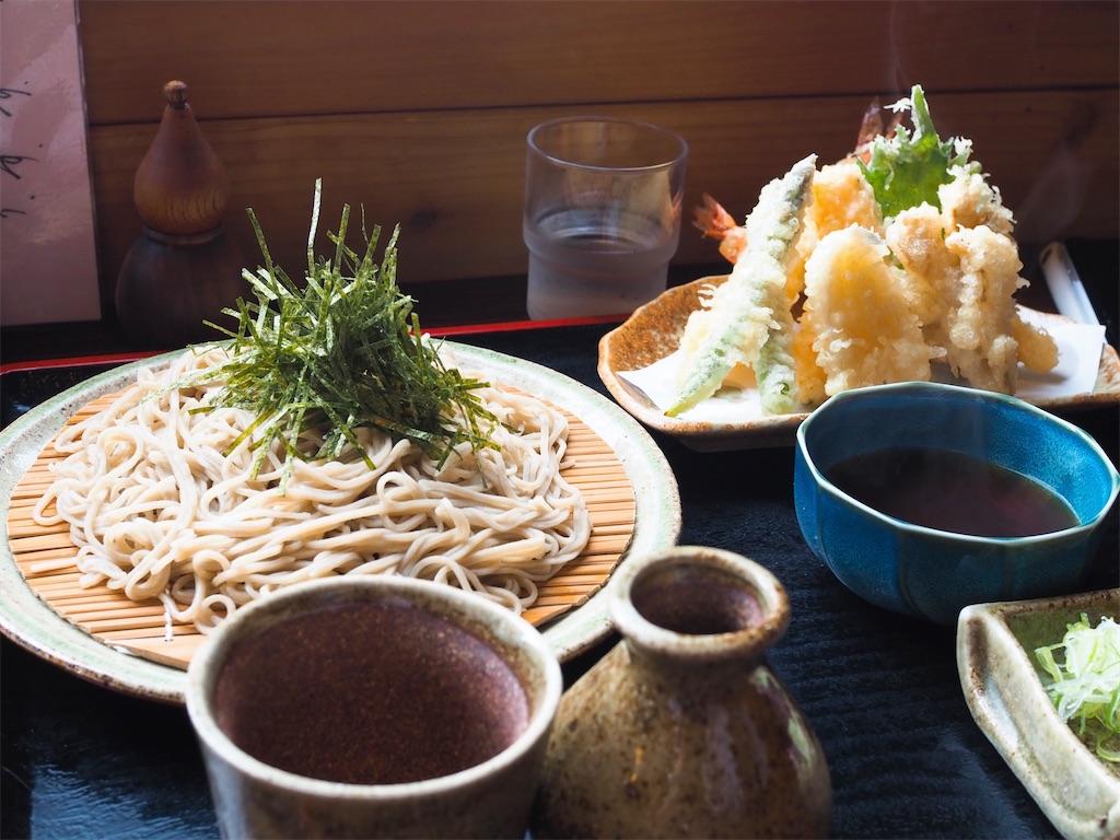 海を眺めながら食べる、端正なお蕎麦/手打ちそば和味