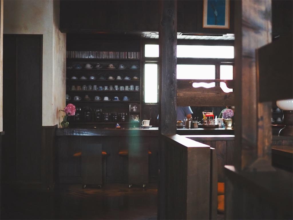 水花月茶寮の内装