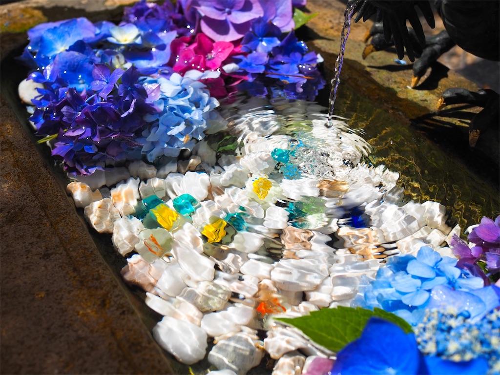 鶴若稲荷神社の花手水