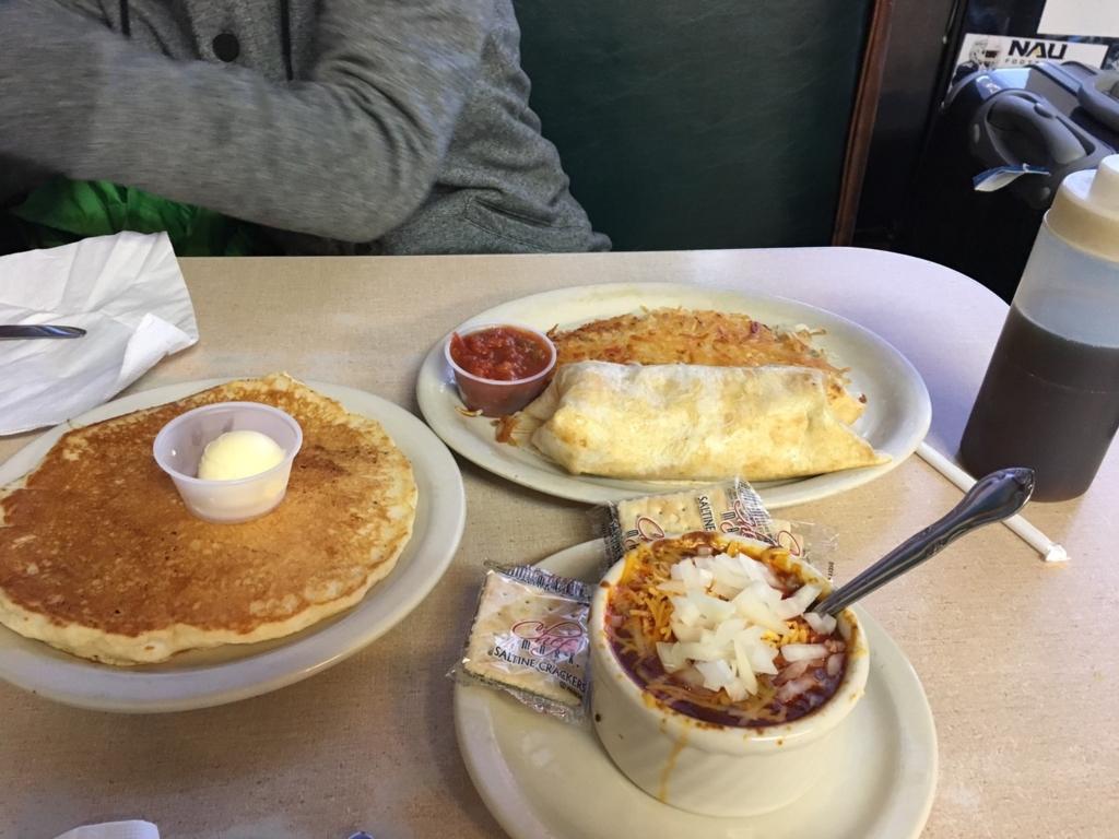 Downtown Diner 朝食 フラッグスタッフ