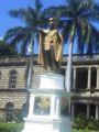 カメハメハ大王の像ズーム