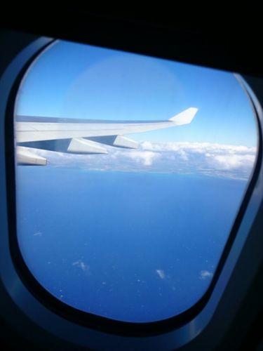 飛行機窓から