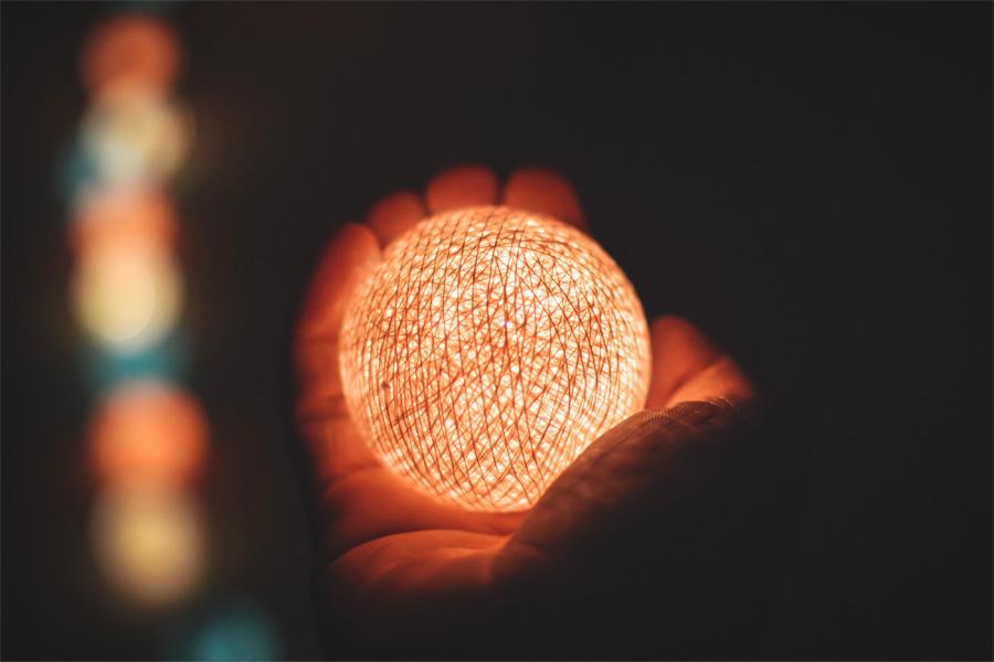 私たちの現実を作り出しているもの「光のメッセンジャー」その1