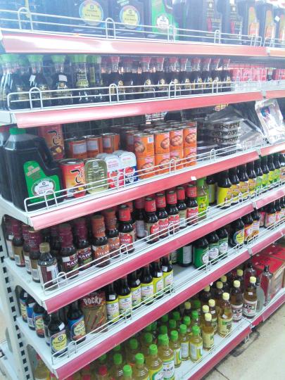 パナマの調味料売り場