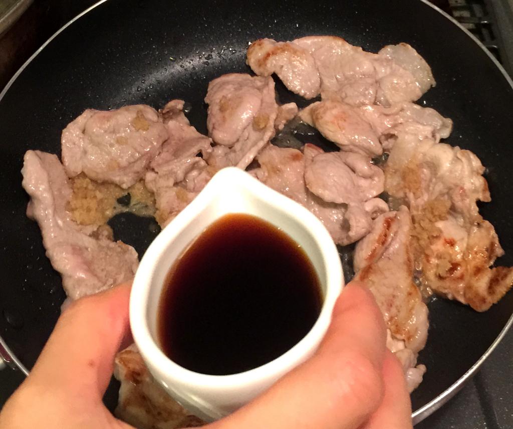 【簡単レシピ】10分以内で完成! みんな大好き「豚肉の生姜焼き」はこんなに簡単にできる
