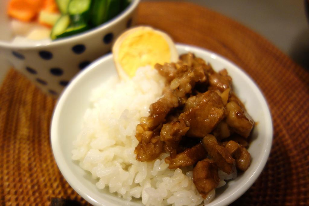 ご飯がススム! 台湾のおふくろの味、「魯肉飯」を作ってみる