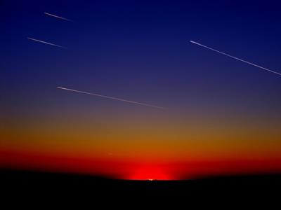 上弦の月と水星の逆行の終わり