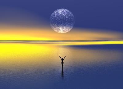 月と共に生きる