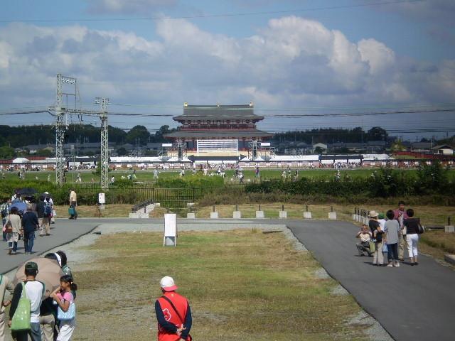101011-14 朱雀門から ながめる 大極殿