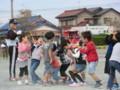 111002 古井町内運動会 02 アメ食い競争 02