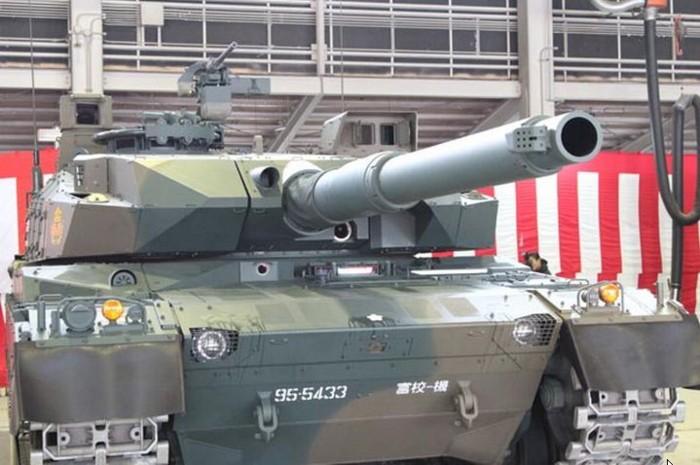 10式 戦車 (120110 時事ドットコム) (7) 砲塔 基部 みぎがわ