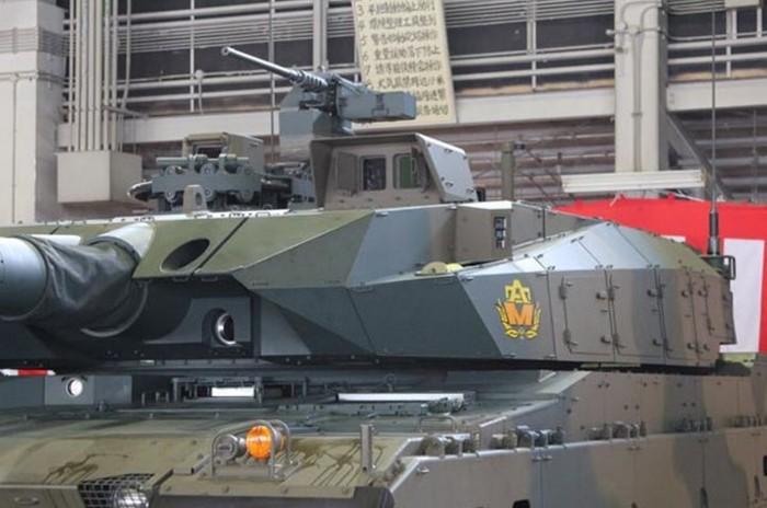 10式 戦車 (120110 時事ドットコム) (6) 砲塔 基部 ひだりがわ