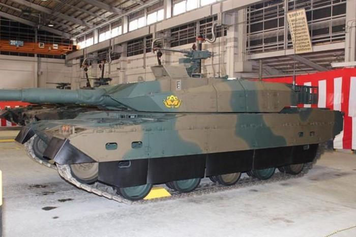 10式 戦車 (120110 時事ドットコム) (5) ひだり 側面