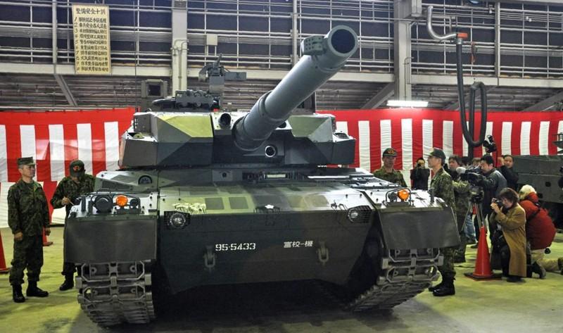 10式 戦車 (120111 さんけい 橋本昌宗氏)
