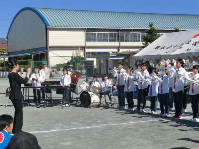 121110 古井町内運動会 (5) 11:41 南部小 金管 バンド