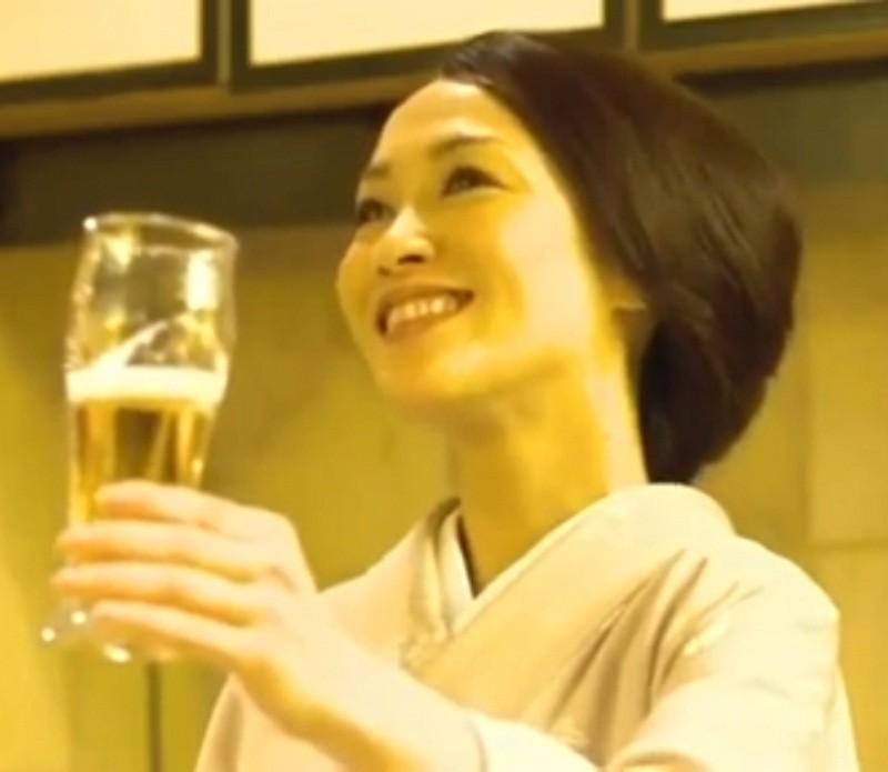 名古屋 いき 最終 列車 角直子さん ザ プレミアム モルツ 01