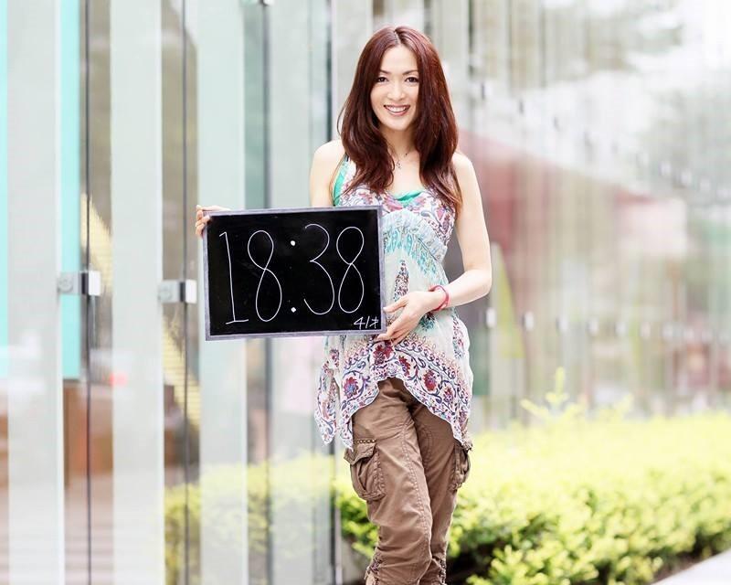 角直子さんの 美人 どけい (フェースブック 2013.10.12)