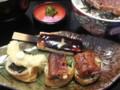 2013-11-10 12.43 豊川稲荷 おもて 参道で たべた ひるごはん