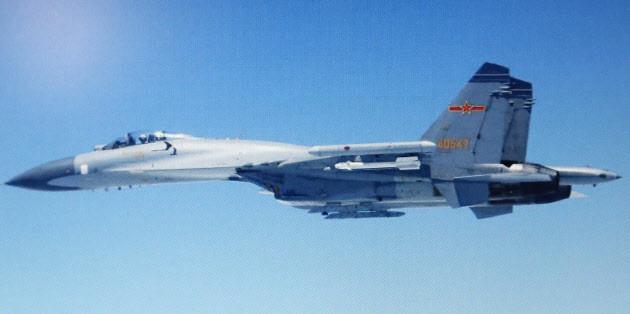 中国軍のスホーイ27戦闘機