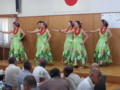 20140914 14.44.43 敬老会 - フラダンス (10)