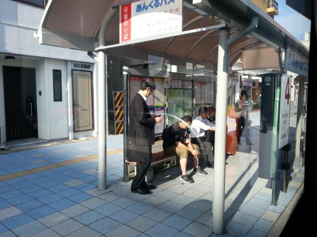 20140930 08.09.37 桜井線バス - JR安城駅