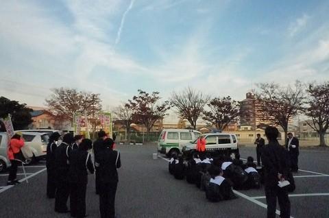 20141121 安城南中学校自転車安全利用キャンペーン (5)