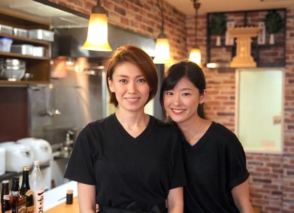 みぼうじんカレーの須藤さんと手塚さん(メシ通)580-420