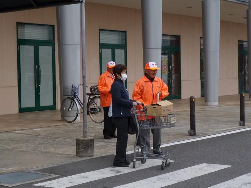 2015.12.10 アピタで安全なまちづくりキャンペーン (11) 800-600